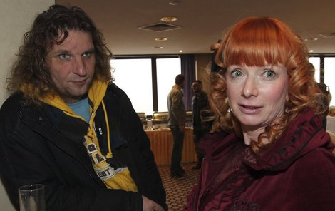Bára Štěpánová s manželem Miroslavem Barabášem. Do exekuce manželky je podle něj každému prd.
