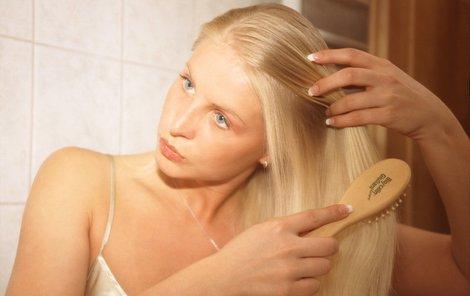 Chcete-li mít zdravé vlasy, vyzkoušejte naše tipy!