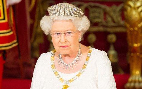 Alžběta II. se šestého vnoučete zatím nedočkala.