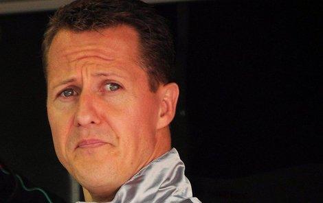 Michaelu Schumacherovi už prý pomůže jedině zázrak.