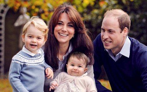 Na první pohled šťastná královská rodina.