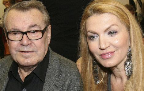 Miloš Forman s manželkou Martinou