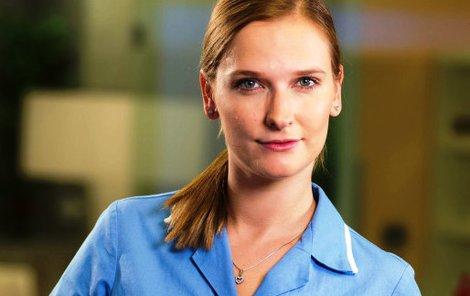 Kamila Kikinčuková v seriálu Ordinace v růžové zahradě jako Stella Seifertová.