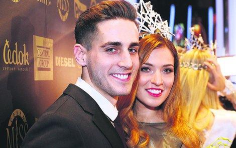 Od doby, co se Andrea stala královnou krásy, jejich vztah vydržel pouhých pět měsíců...