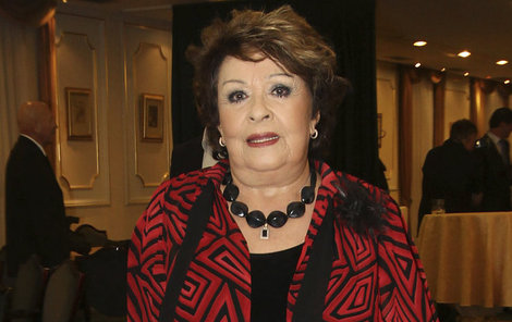 Jiřinu Bohdalovou gratulace v divadle dojaly k slzám.