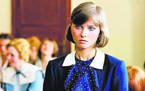 Cirkus Humberto - V seriálu jako Lidka Karasová ztvárnila vnučku Jaromíra Hanzlíka.