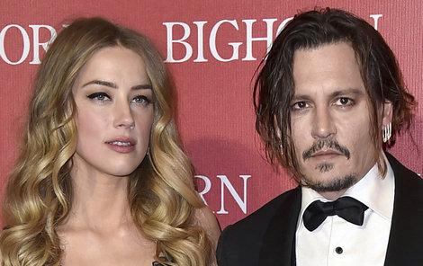Johnny Depp – násilník, nebo oběť zlatokopky?