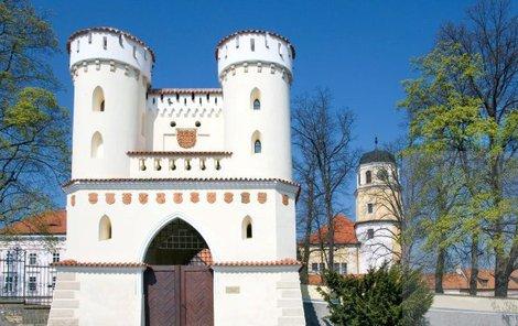 Vlašimský zámek a jeho park stojí za návštěvu.