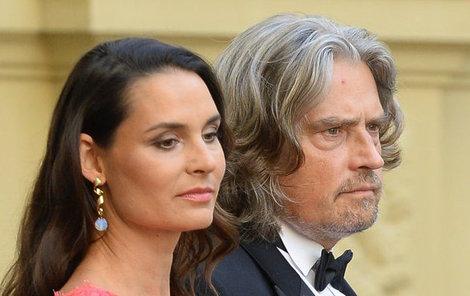 S milionářem tvoří roky šťastný pár.
