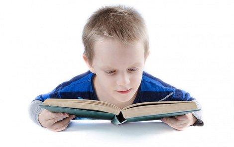 Co vybrat ke čtení vašemu dítěti? Přinášíme 13 tipů!