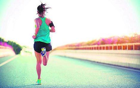 Běh má kromě zdravotních výhod i určitá rizika.