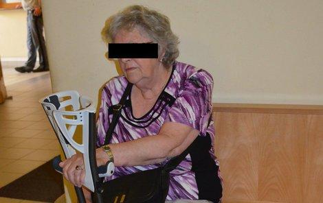 Marie M. (74) je ráda, že žije. S následky se ale potýká stále.