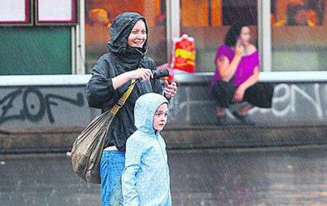 Deštníky a pláštěnky s sebou!