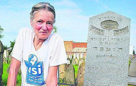 Felicite Cable, která má české kořeny. Po brigádě v Holešově se vydá po stopách svých předků.
