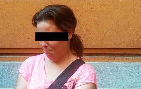 Pomocná kuchařka Martina K. (31) u soudu v Brně. Spáchání vraždy si sama nepřipouští.