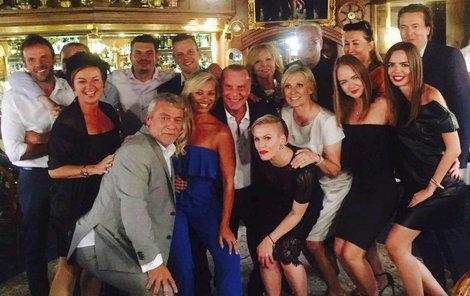 Štefan Margita a jeho rodina a nebližší přátelé.