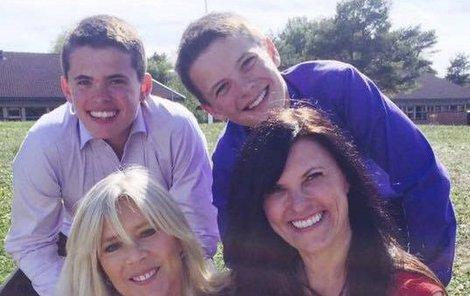Samantha a její současná rodina.