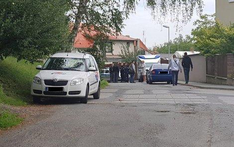 U domu, kde se ženy rozhodly zabít, zasahovali policisté.