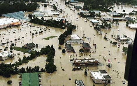 Záplavy udeřily v plné síle!