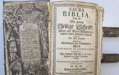 Hledá se majitel této bible!