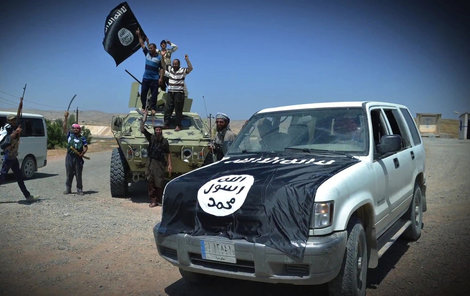 Teroristé z Islámského státu.