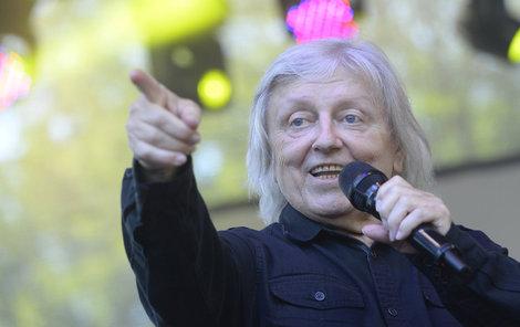 Václav Neckář slaví 73. narozeniny. Přejeme všechno nejlepší!