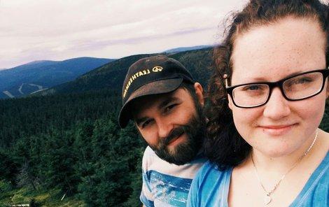 Martin Hon s přítelkyní Janou pořídili selfie na jesenické tisícovce Vozka.