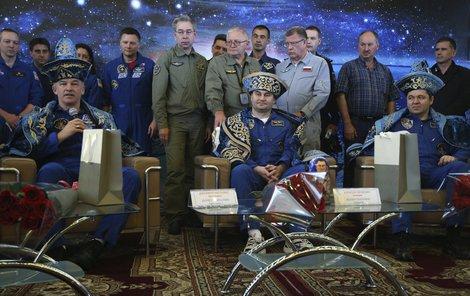 Ovčinin, Skripočka a Williams odstartovali z Bajkonuru 19. března.