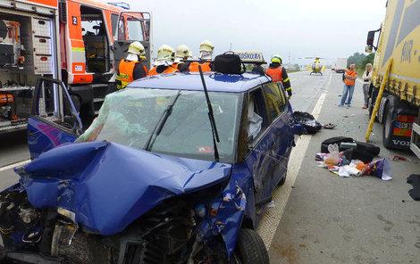 Na místě zasahovali záchranáři se speciálními vozy.