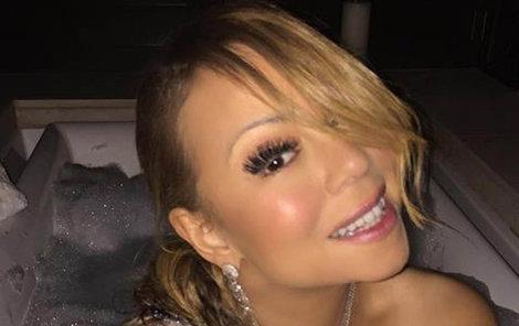 Mariah ví, jak zaujmout – zejména pány.