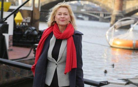 Také Dana Batulková miluje kabáty!