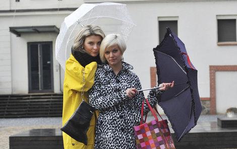 Připravit deštníky! Tlaková níže Danielle k nám přinese uplakané počasí.