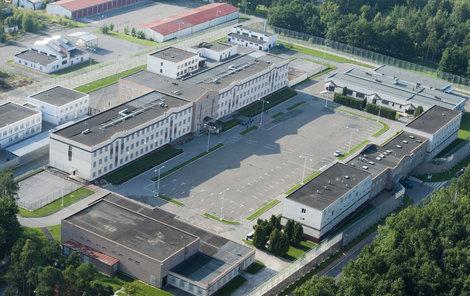 Letecký pohled na současnou věznici v Jiřicích.