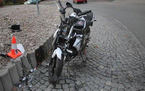Motorka srazila důchodce!