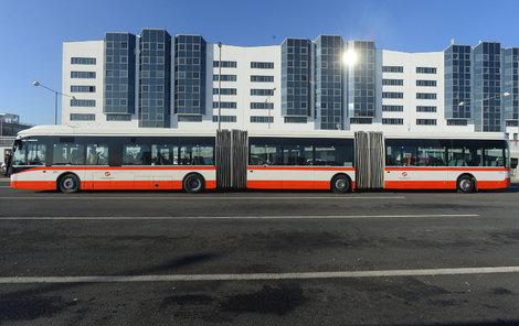 Rekordní bus už jezdí.