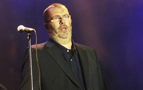 2008. Richard Müller chce vystřihnout scény, ve kterých je tlustý.