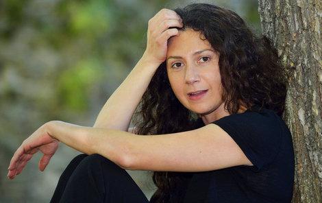 Martha Issová se stala hvězdou kalendáře.