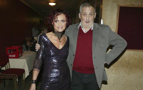 Krátce před Vánocemi 2011 hudební producent Michal Zelenka prohrál boj s rakovinou.