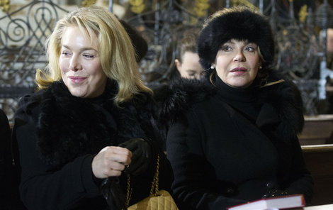 Dagmar Havlová s dcerou Ninou.