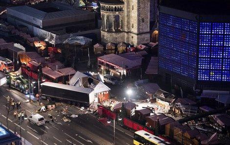 Vánoční trh v Berlíně se během několika málo minut proměnil v tratoliště krve.