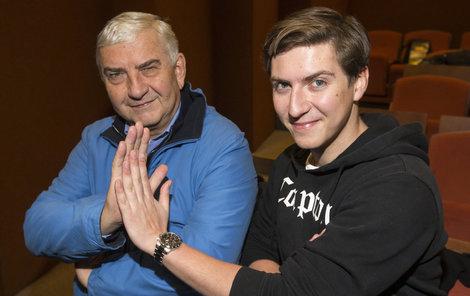 Miroslav Donutil se svým synem Martinem.