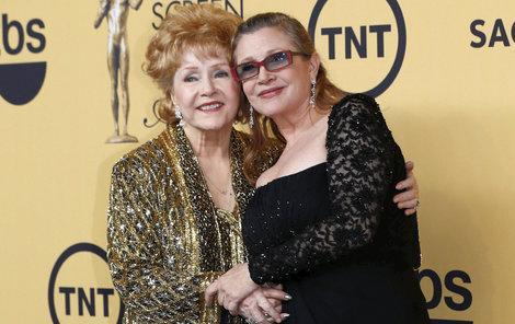 Debbie Reynolds přežila svou dceru Carrie o jediný den.