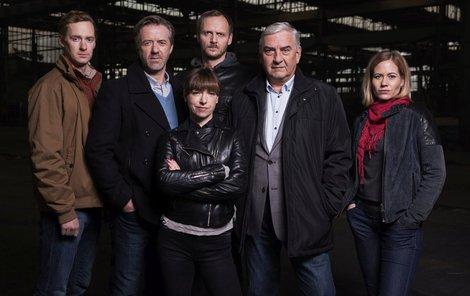 Tým jihomoravské kriminálky za seriálu Labyrint II.