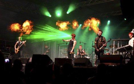 Skupina podle pořadatelů koncertu použila pyrotechniku neoprávněně.