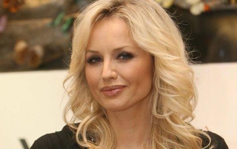 Adriana Sklenaříková (45) se stala nejkrásnější záchranářkou!