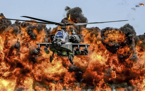 Bojový vrtulník Apache – klenot americké armády a posel smrti  A za mnou... POHROMA!