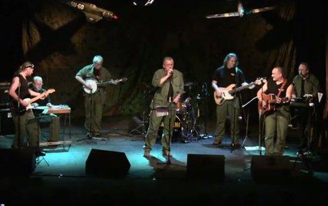 Smrt při koncertu: Slavný český kytarista zemřel!