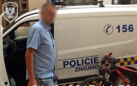 Slovák byl za krádež zadržen i v červnu.