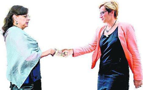 Marksová (vlevo) a Šlechtová v předvolebním souboji o penze?