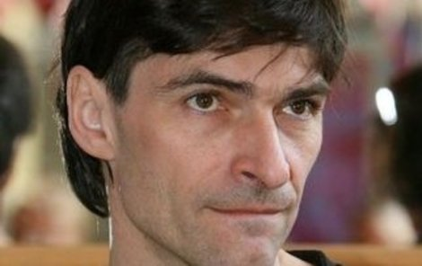 Zdeněk Podhůrský má podle všeho vážné finanční problémy.